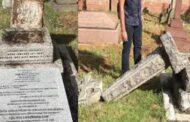 முல்லைப் பெரியாறு அணையை கட்டிய ஜான் பென்னிகுவிக் கல்லறை இடித்து சேதம்